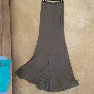 Banana Republic Olive Maxi Skirt. Sz XS